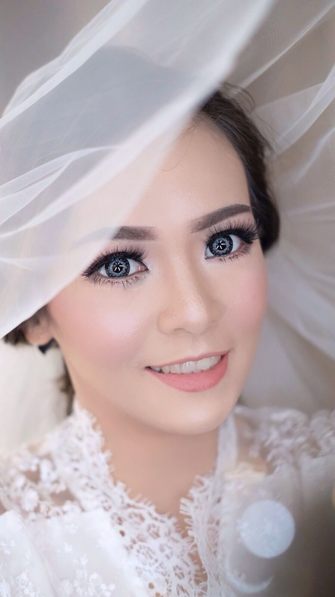 Clear Makeup Look For Bride by StevOrlando.makeup - 001