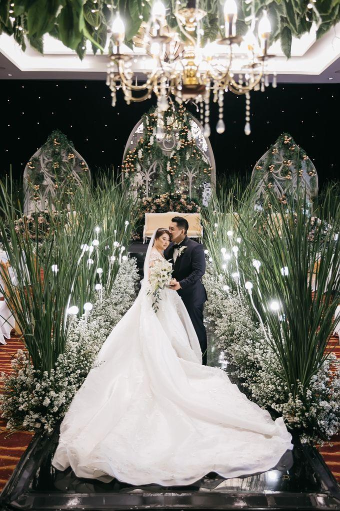 Evan & Brigita Wedding at Hilton by PRIDE Organizer - 041