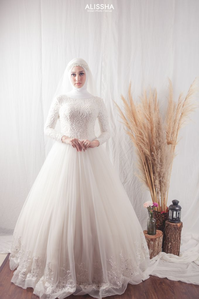 International Gown for Hijab by Alissha Bride - 001