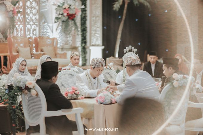 THE WEDDING OF ANGGI & iNDRA by alienco photography - 016