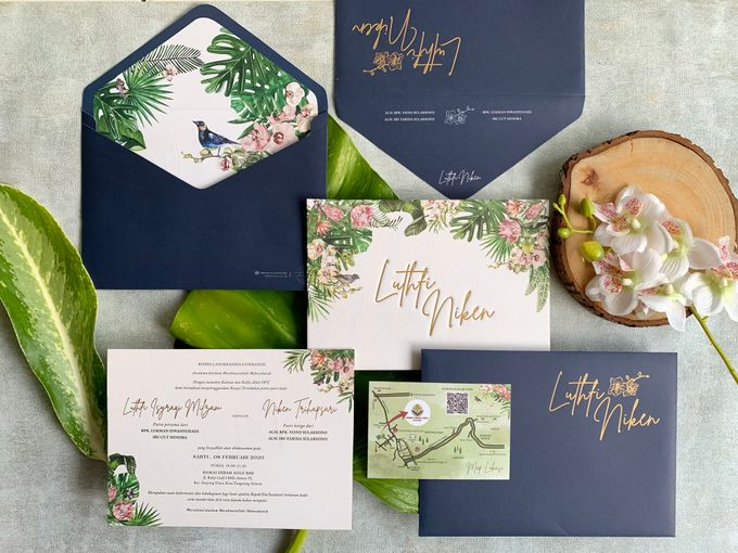 Tropical Paradise by Trouvaille Invitation - 001