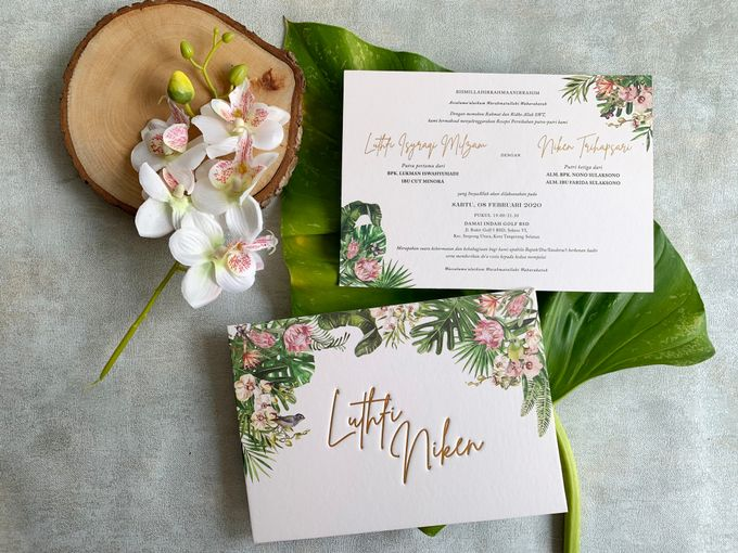 Tropical Paradise by Trouvaille Invitation - 006
