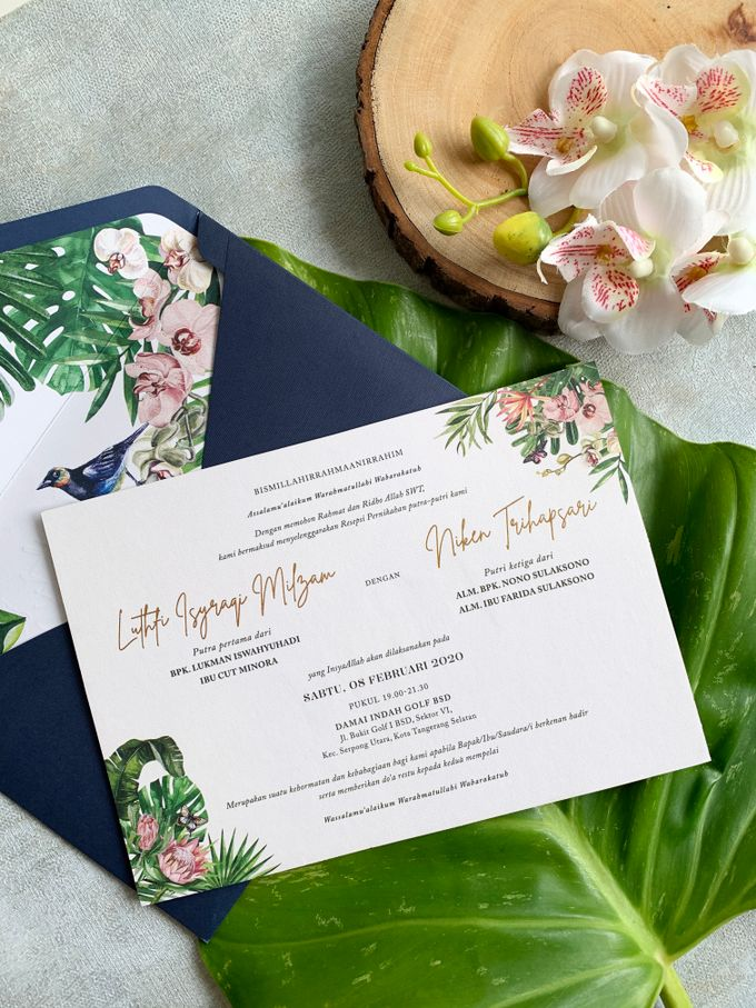 Tropical Paradise by Trouvaille Invitation - 005