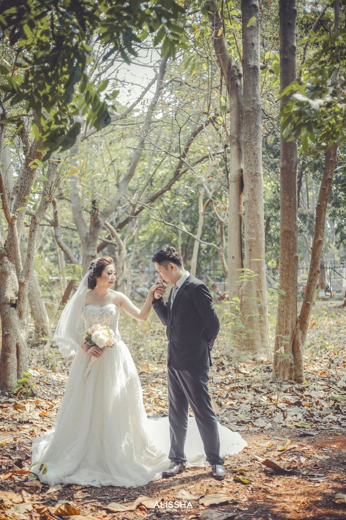 Prewedding of Christian-Vina at Alissha by Alissha Bride - 002