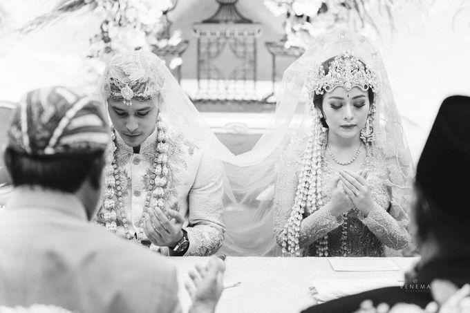 Arman & Alya Traditional Wedding Day by Verakebaya - 004