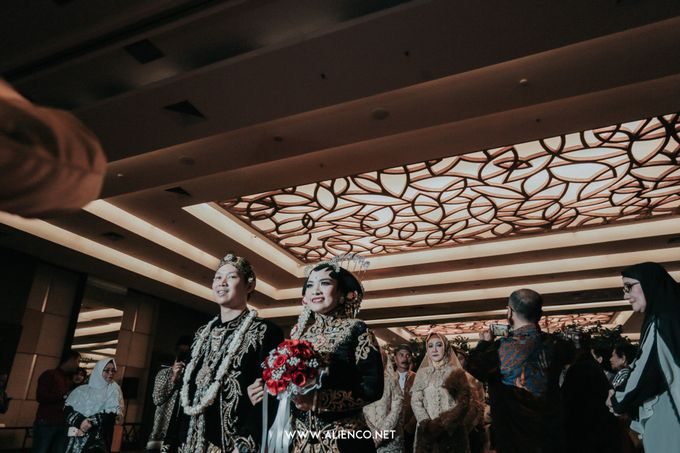 THE WEDDING OF ANGGI & iNDRA by alienco photography - 018