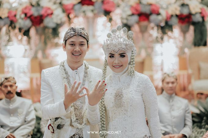 THE WEDDING OF ANGGI & iNDRA by alienco photography - 020