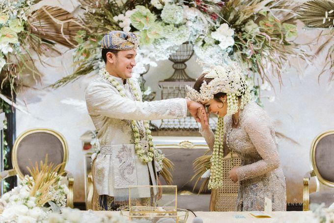 Arman & Alya Traditional Wedding Day by Verakebaya - 005
