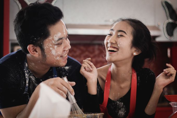 The Pre-Wedding of Anissa & Pradewo by EdgeLight Production - 006