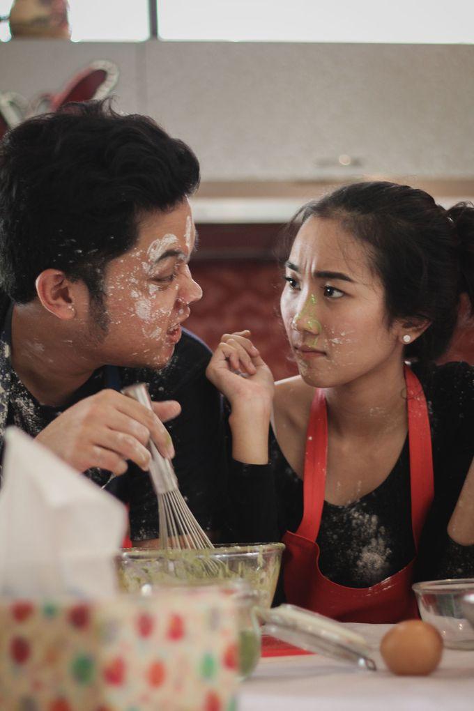 The Pre-Wedding of Anissa & Pradewo by EdgeLight Production - 003