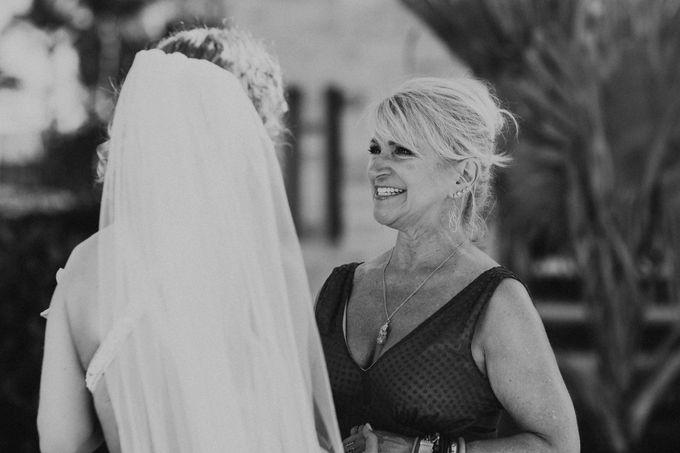 Weddingday Mr & Mrs Battie by Topoto - 024