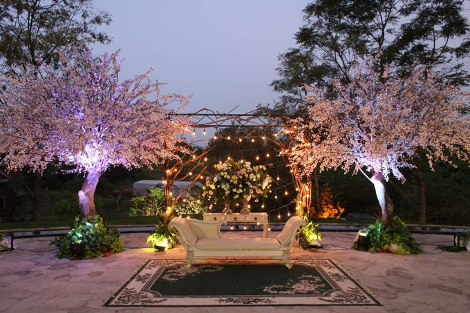WULAN & ADJI by Raffles Hills Cibubur - On Green Garden Venue - 009