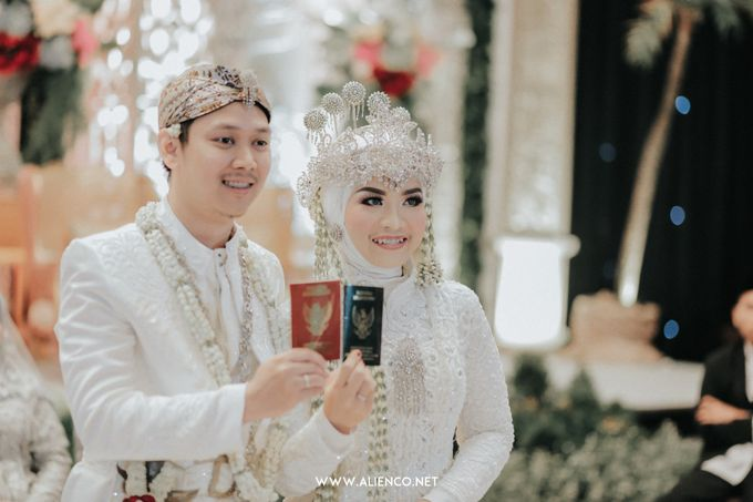 THE WEDDING OF ANGGI & iNDRA by alienco photography - 021