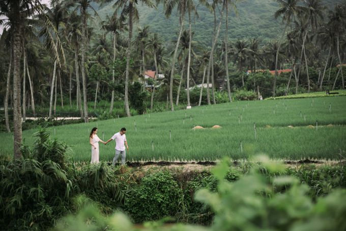 Pre-wedding in Danang and Hoi An Vietnam wedding photography by Ruxat Photography - 015