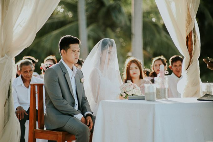 Renz & Jenn Beach Wedding in Romblon by The Fortnight Studios - 037