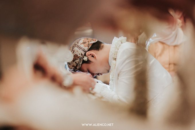 THE WEDDING OF ANGGI & iNDRA by alienco photography - 030