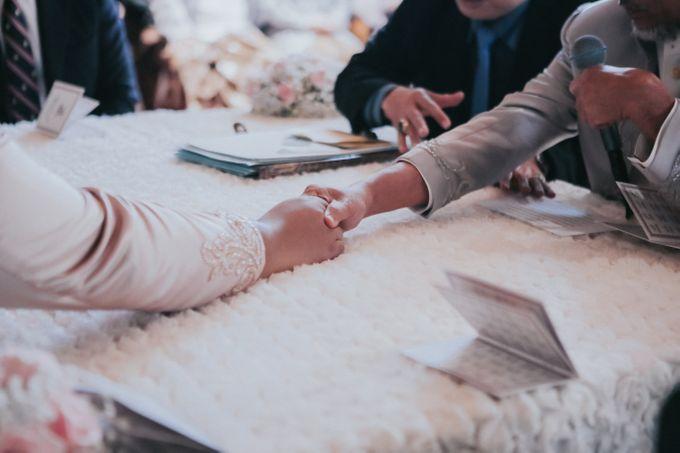 DINI & AGI WEDDING by Akuwedding - 012