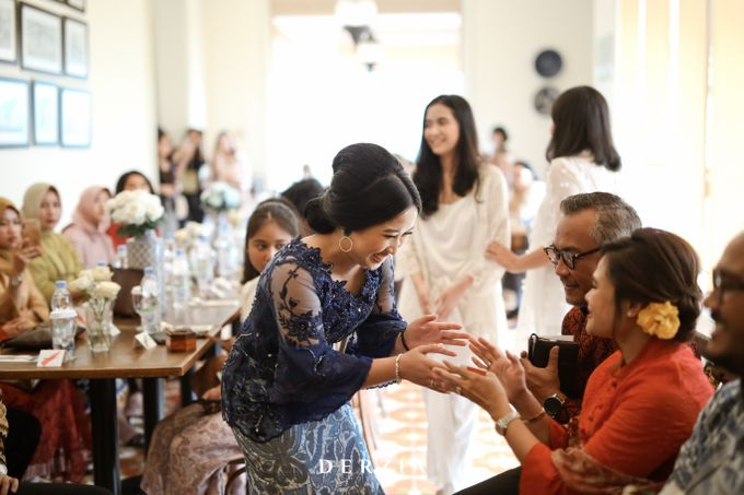 The Engagement of Febby & Rama by DIY Planner - 023