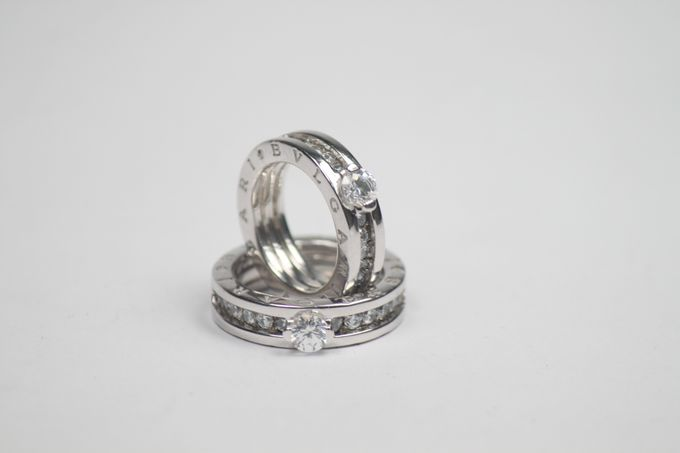 wedding ring engrave & finger print d'sign by V&Co Jewellery - 006