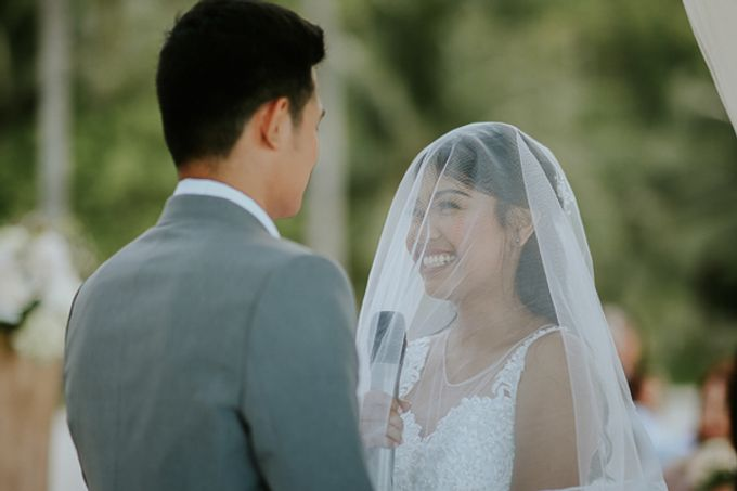 Renz & Jenn Beach Wedding in Romblon by The Fortnight Studios - 034