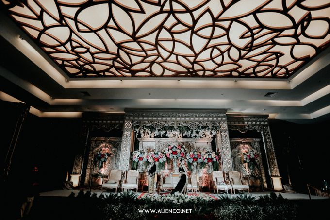 THE WEDDING OF ANGGI & iNDRA by alienco photography - 033
