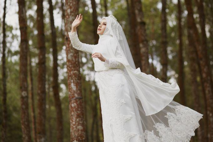 Akad Hijrah Series 04 Busana Syari Akad by LAKSMI - Kebaya Muslimah & Islamic Bride - 002