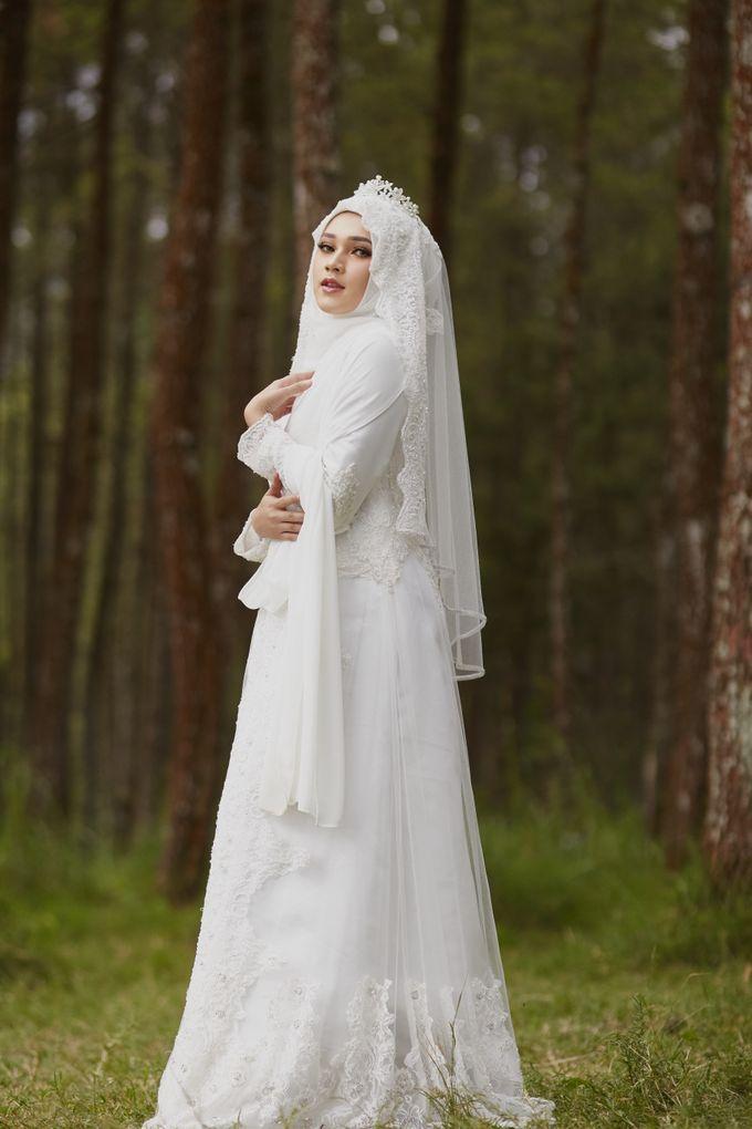 Akad Hijrah Series 04 Busana Syari Akad by LAKSMI - Kebaya Muslimah & Islamic Bride - 003