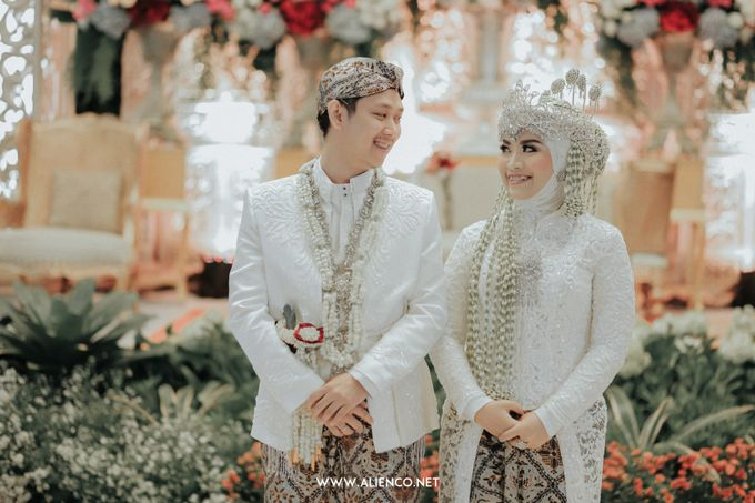 THE WEDDING OF ANGGI & iNDRA by alienco photography - 038