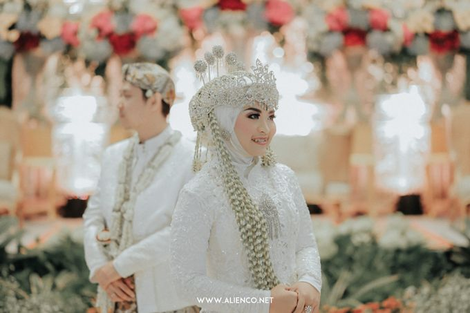THE WEDDING OF ANGGI & iNDRA by alienco photography - 041