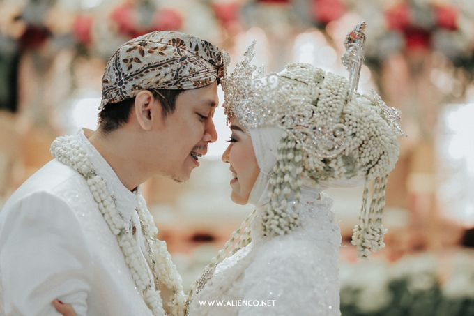 THE WEDDING OF ANGGI & iNDRA by alienco photography - 042