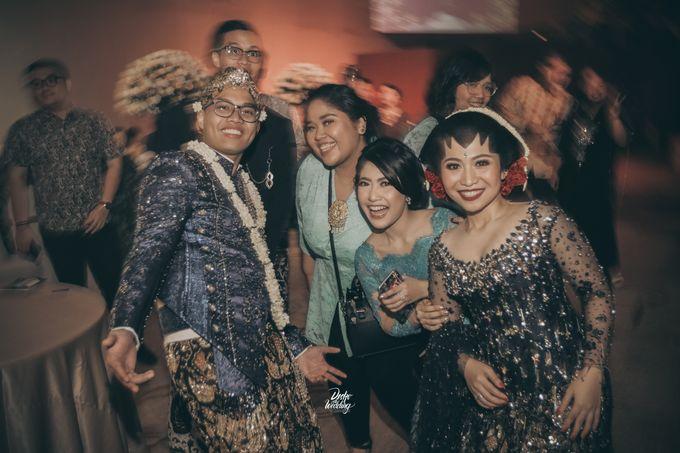 The Ballroom XXI | Vania & Erlangga by diskodiwedding - 004