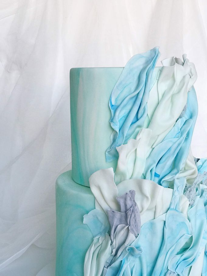 Wedding cake by Tell Cake Boutique - 004
