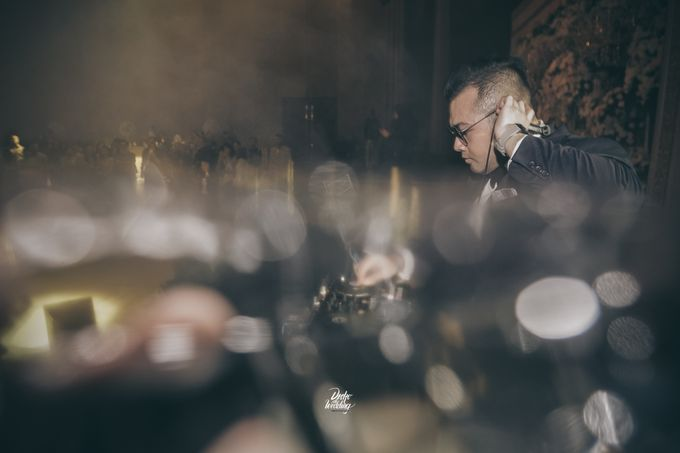 The Ballroom XXI | Vania & Erlangga by diskodiwedding - 008