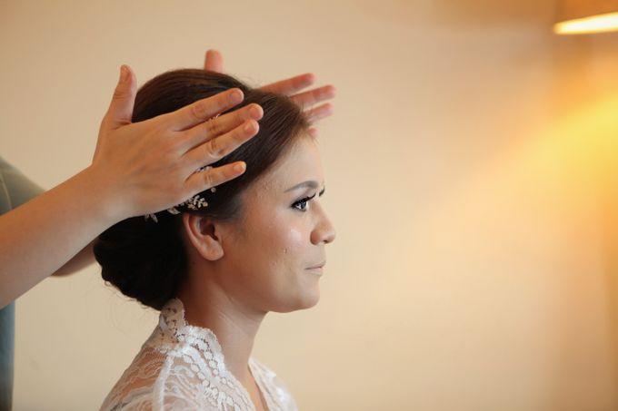 The Wedding of Supri & Delvi ❤️ by Favor Brides - 007