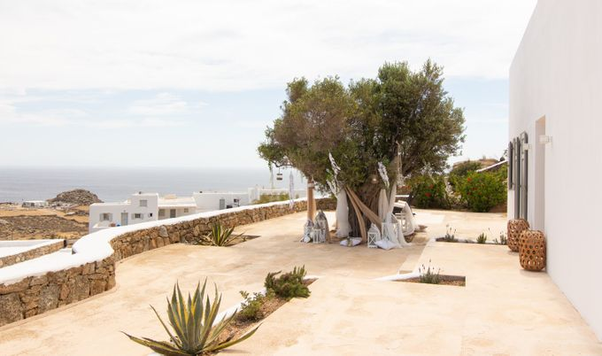 Mykonos wedding in a private villa by Diamond Events - 005