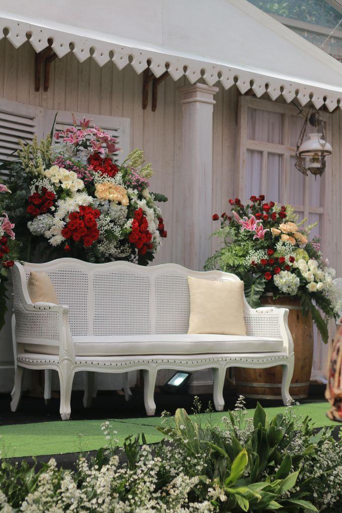 The Wedding of Intan & Fazrin by Decor Everywhere - 010
