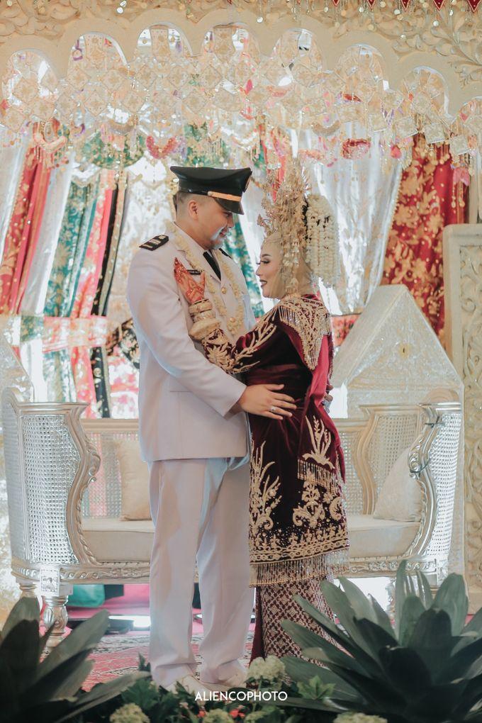PURI ARDHYA GARINI WEDDING OF NIA & AFFAN by alienco photography - 010