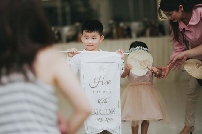 The Beautiful Classic White Wedding by Memoir Paperie - 001