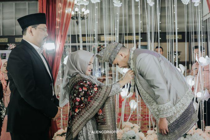 PURI ARDHYA GARINI WEDDING OF NIA & AFFAN by alienco photography - 012