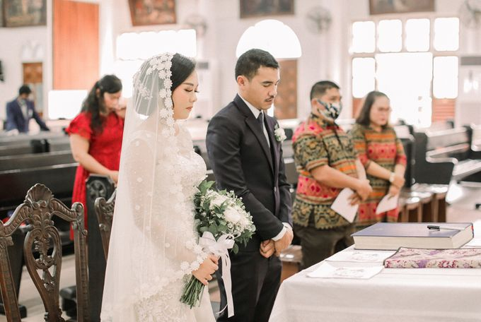 Real intimate wedding on pandemic 2020 MARIA & GALUNG by Kimus Pict - 013