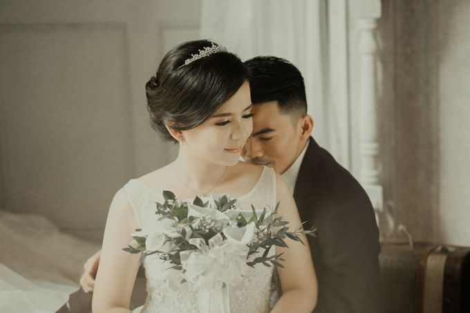 Studio Prewedding - Ana & Ezral by Willie William Photography - 015