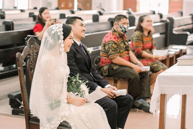 Real intimate wedding on pandemic 2020 MARIA & GALUNG by Kimus Pict - 015