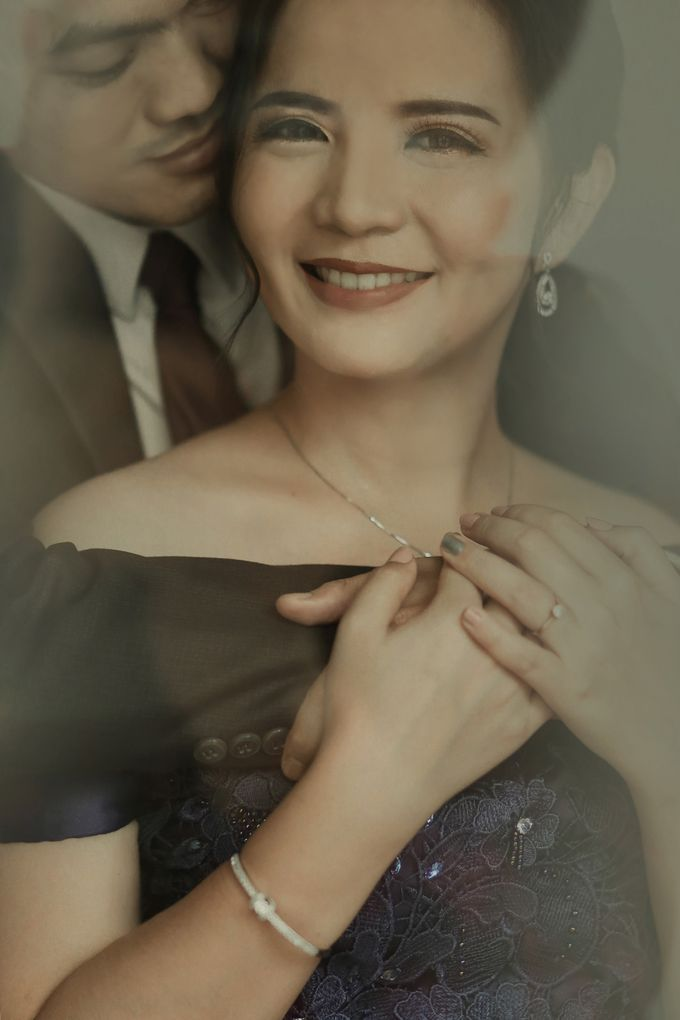 Studio Prewedding - Ana & Ezral by Willie William Photography - 001