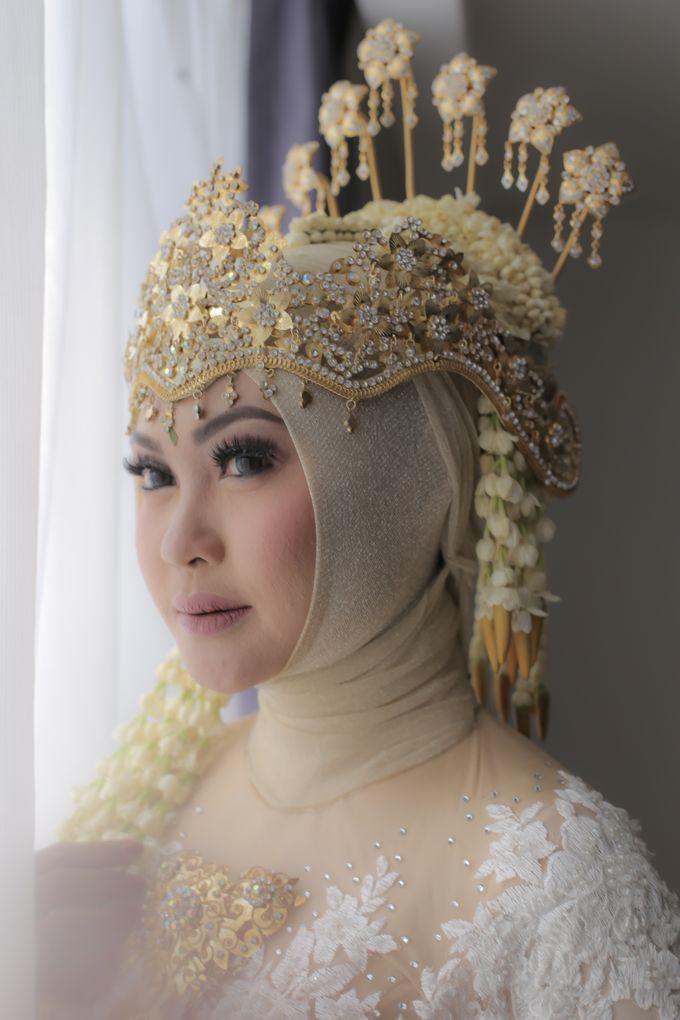 Sunda Siger Hijab by Arum Ndalu Sanggar Rias Pengantin - 005