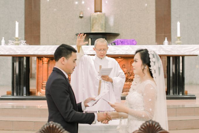 Real intimate wedding on pandemic 2020 MARIA & GALUNG by Kimus Pict - 017