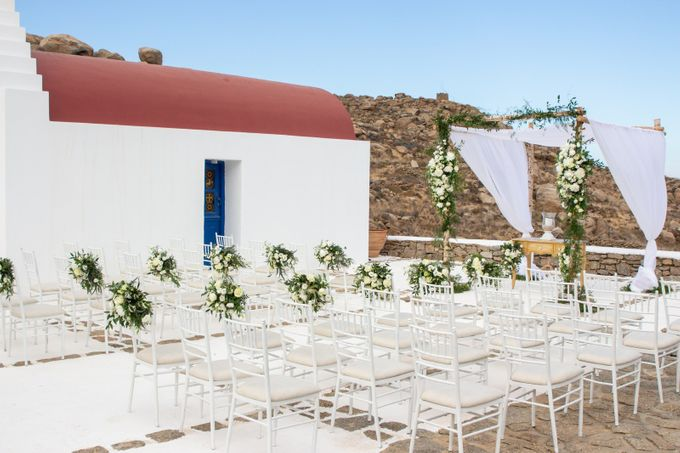 Mykonos wedding in a private villa by Diamond Events - 013