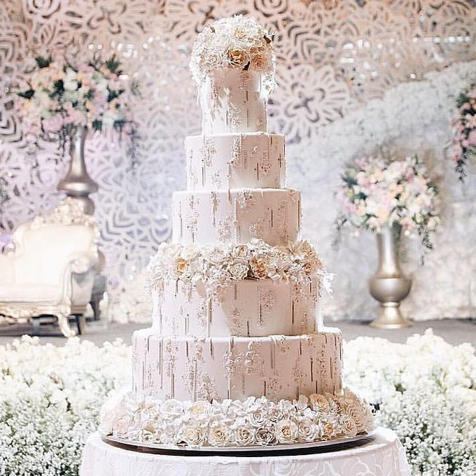 5 & 6 Tiers Wedding Cake by LeNovelle Cake - 015