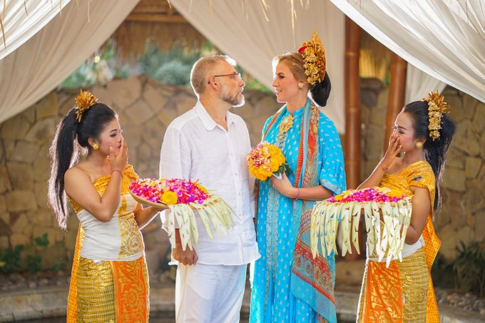 Margarita and Aleksei Wedding Blessing Ceremony by Fivelements Bali Retreat - 010