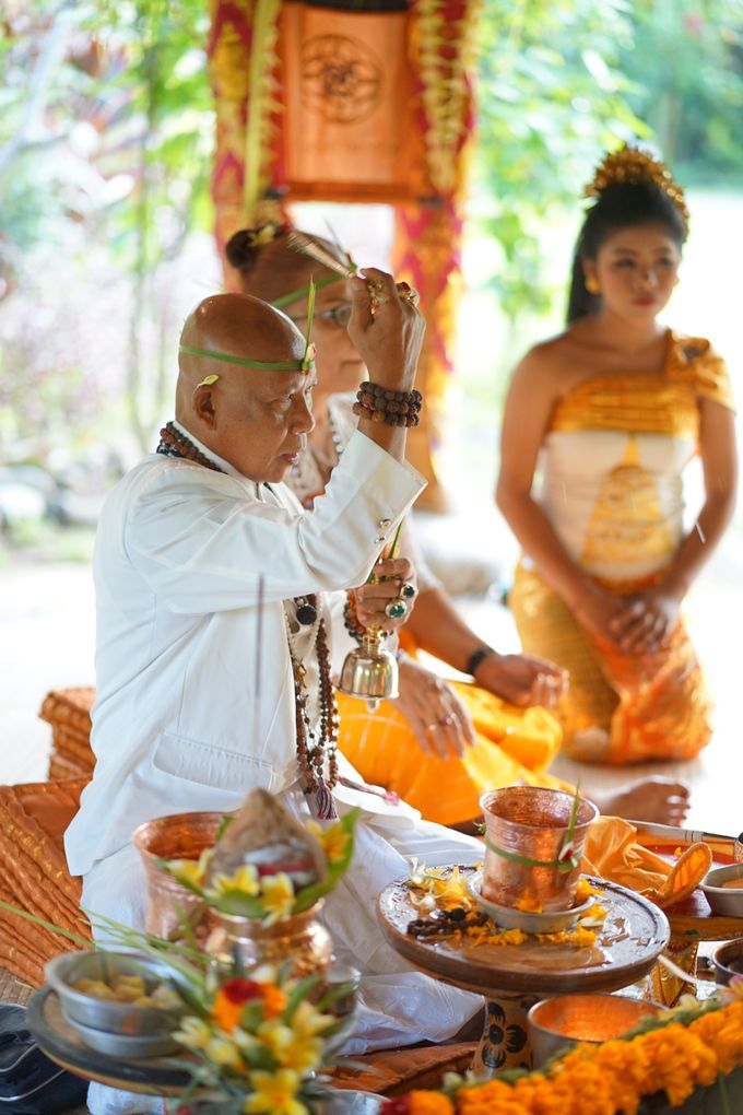 Margarita and Aleksei Wedding Blessing Ceremony by Fivelements Bali Retreat - 005
