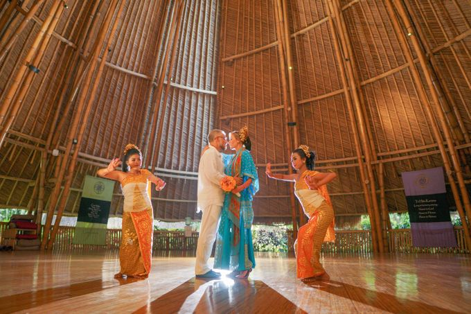 Margarita and Aleksei Wedding Blessing Ceremony by Fivelements Bali Retreat - 011